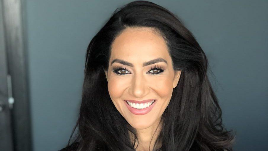 Dr. Mouna Mouna Esmaeilzadeh, Lege og hjerneforsker
