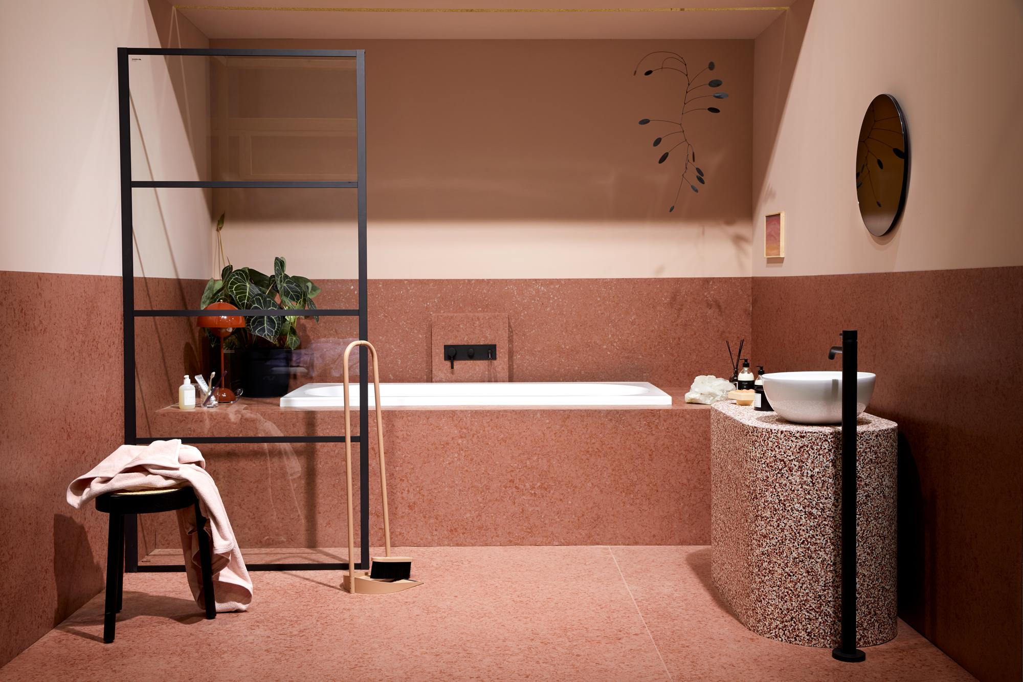 Badet fra tendensutstillingen på Oslo Design Fair i januar 2020 med innovative materialer i homogen vinyl fra Tarkett.