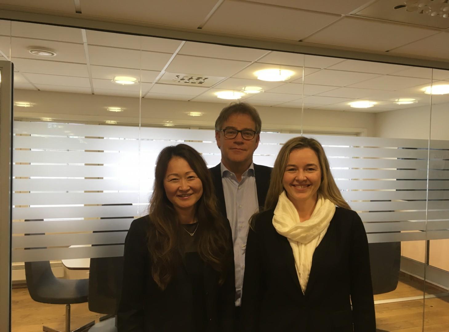 Fra venstre Camilla Bottolfs, Asbjørn Vennebo og Janicke Mathisen fra Optimera.